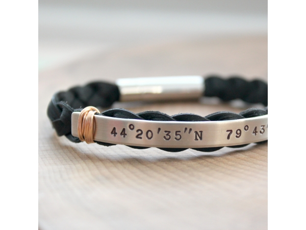 coordinates latitude and bracelet longitude product