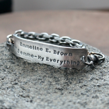 Men's personalized jewelry