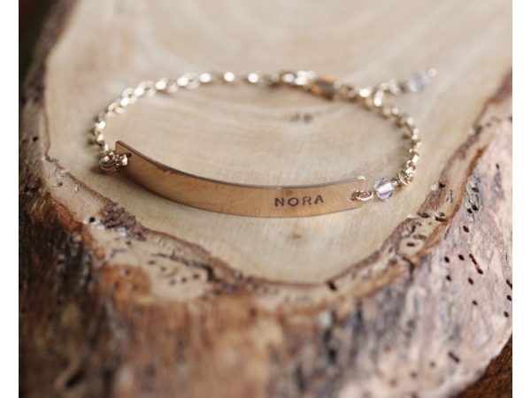 personalized gold bar bracelet