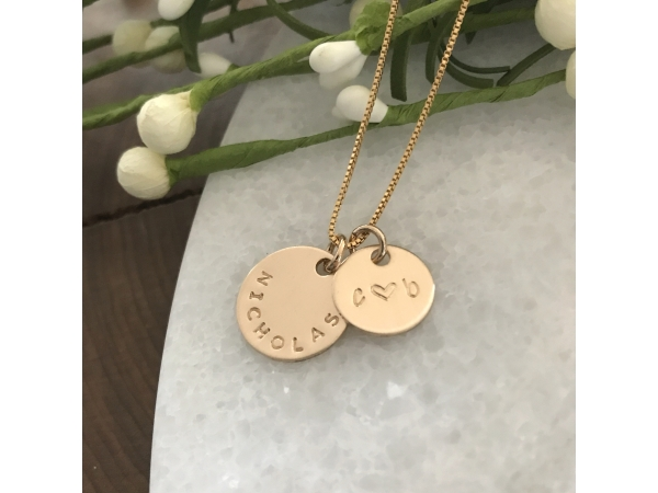 personalized gold round pendant necklace