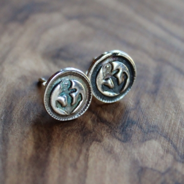 Petite Anchor Post Earrings - Nautical Silver Stud Earrings